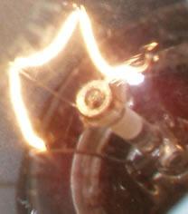 Principios de funcionamiento de una lámpara incandescente