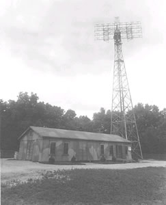 Radio set SR-271-D at Evans Signal laboratory - Historia del RADAR